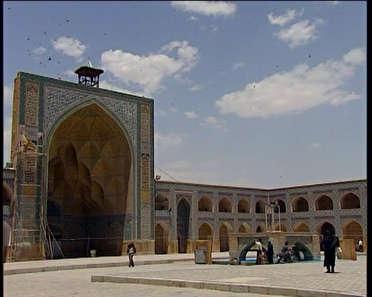 اعتراض کشاورزان اصفهان در نماز دستور نماز شب قدر را به صورت کامل و  آسان یاد بگیرید