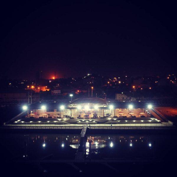 رویال پارک اهواز | مجموعه رستوران و كافى شاپ