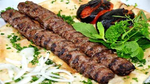 طرز تهیه کباب کوبیده سنتی طرز تهیه کباب کوبیده سنتی