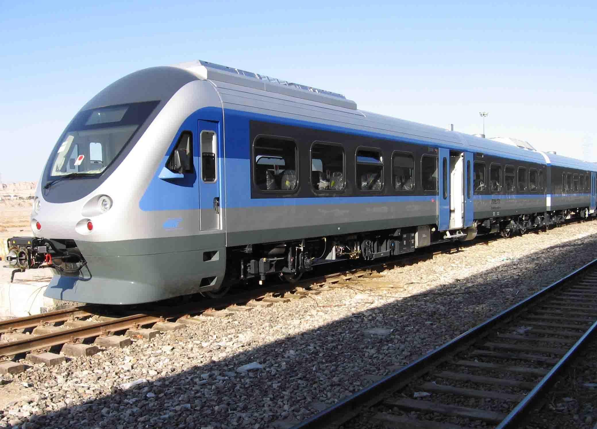 ساعت حرکت قطار شهری اهواز